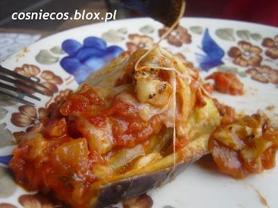 Bakłażany faszerowane (z pomidorami)