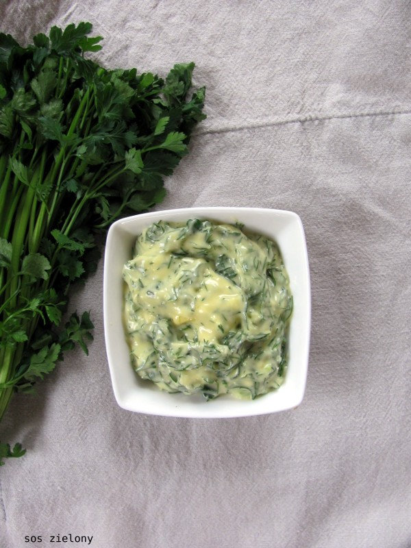 Wielkanocny sos zielony