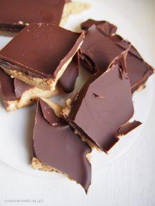 Blok czekoladowo-fistaszkowy