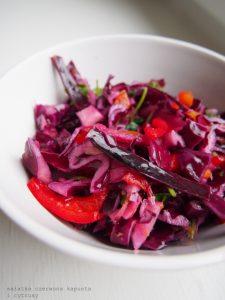 Czerwona kapusta, sezam i cytrusy: inny coleslaw