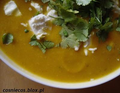 Zupa dyniowa z brukselką