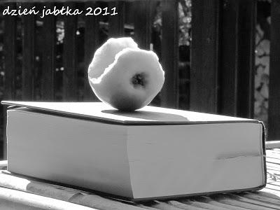 Retro jabłko na Dzień Jabłka