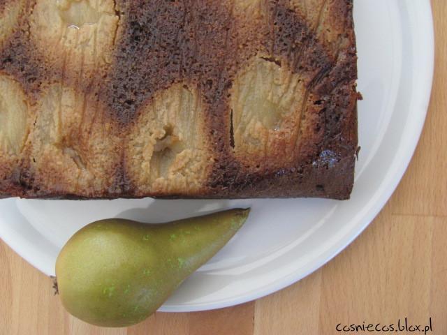 Lepkie ciasto gruszkowe
